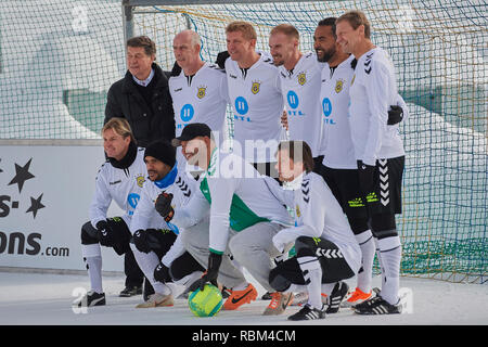 Arosa, Switzerland, 11th January 2019. The German National Team at the 9th unofficial Ice Snow Football World Cup 2019 in Arosa. Credit: Rolf Simeon/Alamy Live News - Stock Photo