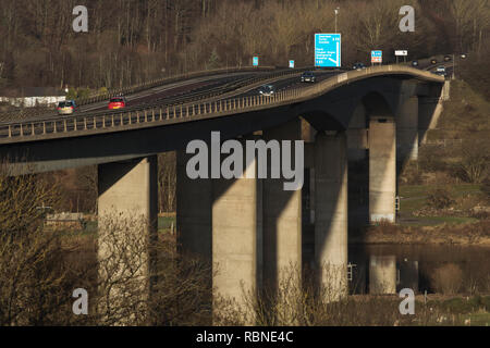 Friarton bridge, which crosses the river Tay at Perth, is a major element of the motorway network in Scotland - Stock Photo