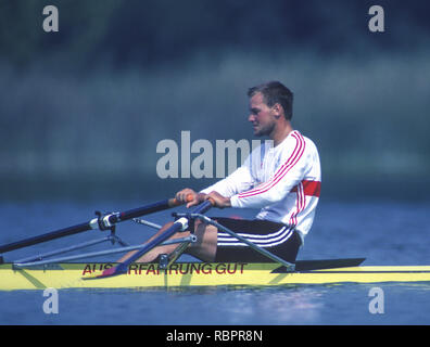 Barcelona Olympics 1992 - Lake Banyoles, SPAIN,   GER  M1X. Thomas  LANGE,   [Mandatory Credit:  Peter Spurrier/Intersport Images]. - Stock Photo