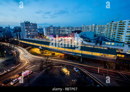 Berlin, Germany. 18th Dec, 2018. The Kottbusser Tor can be seen at dusk. Credit: Christoph Soeder/dpa/Alamy Live News - Stock Photo