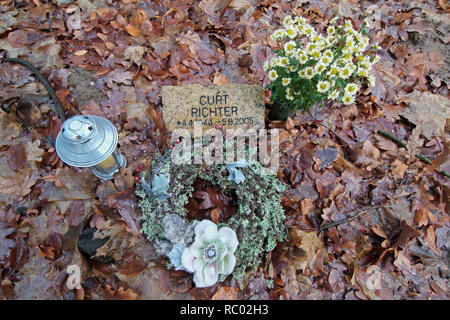 Südwest Kirchhof Stahnsdorf, Berlin, Deutschland, Europa | Southwest Churchyard Stahnsdorf, Berlin, Germany, Europe - Stock Photo