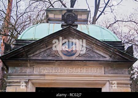 Südwest Kirchhof Stahnsdorf, Grabstätte der Familie Langenscheidt, Verleger, Berlin, Deutschland, Europa | Southwest Churchyard Stahnsdorf, grave yard - Stock Photo