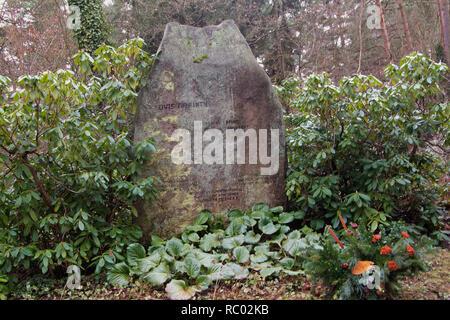 Südwest Kirchhof Stahnsdorf, Grabstätte von Lovis Corinth, Maler, Berlin, Deutschland, Europa | Southwest Churchyard Stahnsdorf, grave yard of Lovis C - Stock Photo