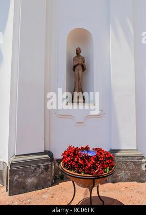 Statue St. Sophia in a niche on the front of Chiesa di Santa Sofia, Anacapri - Stock Photo