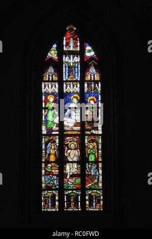 Havelberger Dom St. Marien, Kirchenfenster mit Glasmalerei, Havelberg, Landkreis Stendal, Sachsen-Anhalt, Deutschland, Europa   Dome of Havelberg  St. - Stock Photo