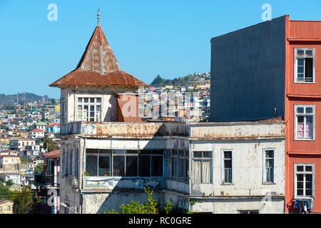 Old and run down property in Valparaiso, Chile.  Although this one was still lived in. - Stock Photo