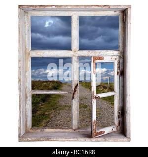 Fenster freigestellt, Blick in die Landschaft - Stock Photo