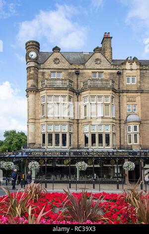 Betty's Cafe Tea Rooms, Parliament Street, Montpellier Quarter, Harrogate, North Yorkshire, England, United Kingdom - Stock Photo