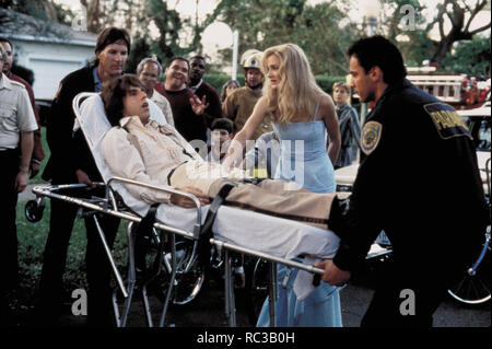 Original film title: THERE'S SOMETHING ABOUT MARY. English title: THERE'S SOMETHING ABOUT MARY. Year: 1998. Director: BOBBY & PETER FARRELLY; BOBBY FARRELLY; PETER FARRELLY. Stars: CAMERON DIAZ; BEN STILLER. Credit: 20TH CENTURY FOX / WATSON, GLEN / Album - Stock Photo