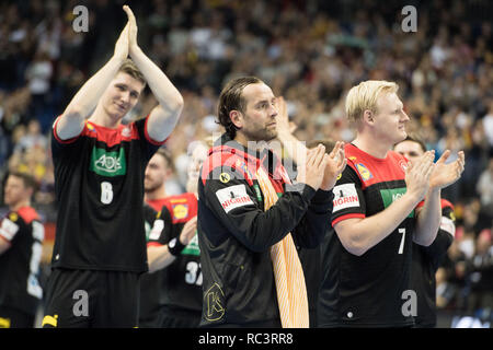 Berlin, Deutschland. 10th Jan, 2019. Finn LEMKE (left, GER), goalkeeper Silvio HEINEVETTER (mi., GER) and Patrick WIENCECK (GER) are happy about the victory, jubilation, cheering, cheering, joy, cheers, celebrate, final jubilation, applause, applause, applaud, clapping hands, cheers, clapping, gesture, half figure, half figure, preliminary round Group A, Korea (COR) - Germany (GER) 19:30, on 10.01.2019 in Berlin/Germany. Handball World Cup 2019, from 10.01. - 27.01.2019 in Germany and Denmark. | Usage worldwide Credit: dpa/Alamy Live News - Stock Photo