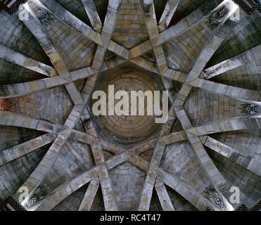 Church of the Holy Sepulchre. Funerary chapel. Dome, Mudejar-inspired (moorish), star-shaped. Late 13th century. Torres del Ri_o. Navarre. Spain. - Stock Photo