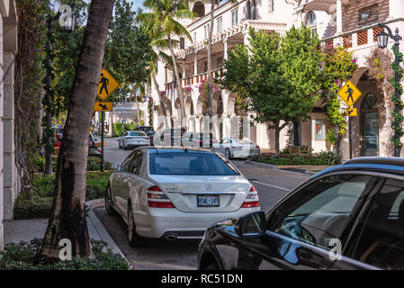 Worth Avenue luxury shopping district in Palm Beach, Florida. (USA) - Stock Photo
