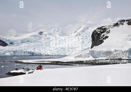 Almirante Brown Argentinean station, Bahia Paraiso, Paradise Bay, Antarctic Peninsula, Antarctica - Stock Photo