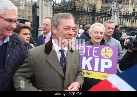 London.UK.15th January 2019.Nigel Farage arrives at Parliament to take part in the Leave Means Leave protest on Brexit debate day. Credit: Brian Minkoff/Alamy Live News - Stock Photo
