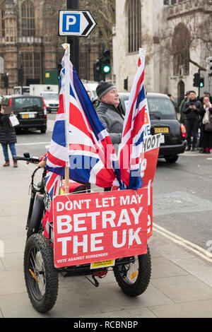 London, UK. 15th January 2019. Brexit protests outside Parliament in London, UK. Credit: Jason Wood/Alamy Live News. - Stock Photo