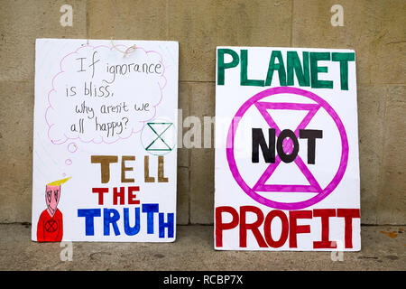 London, UK. - 15 Jan 2019: Placards from Earth Strike, a grassroots enviromental activisit movement, which demonstrated in Parliament for a General Stike day on 27 September. Credit: Kevin J. Frost/Alamy Live News - Stock Photo