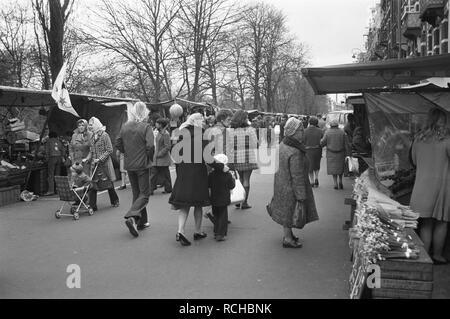 Albert Cuypmarkt verplaatst naar Sarphatipark ivm werkzaamheden markt, Bestanddeelnr 925-5071. - Stock Photo