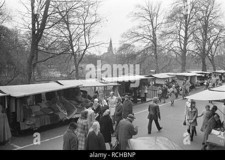 Albert Cuypmarkt verplaatst naar Sarphatipark ivm werkzaamheden markt, Bestanddeelnr 925-5073. - Stock Photo
