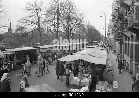 Albert Cuypmarkt verplaatst naar Sarphatipark ivm werkzaamheden overzicht va, Bestanddeelnr 925-5068. - Stock Photo