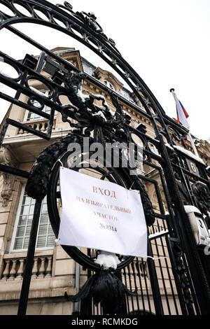 STRASBOURG, FRANCE - MAR 18, 2018: Polling station sign on the gate of Consulate General of the Russian Federation to vote for President Russian presidential election 2018 - Stock Photo