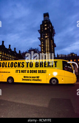 Parliament Square, London, UK.  15th January 2019. Decision day live by the People's Vote rally in Parliament Square. People gather to watch the debate in Parliament and the final vote on the Brexit deal. Credit: Matthew Chattle/Alamy Live News - Stock Photo