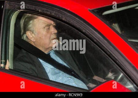 London, UK. 15th January, 2019. Kenneth Clarke, Conservative MP for Rushcliffe, leaves Parliament after the Government lost the meaningful vote on the proposed final Brexit withdrawal agreement by 230 votes. Credit: Mark Kerrison/Alamy Live News - Stock Photo