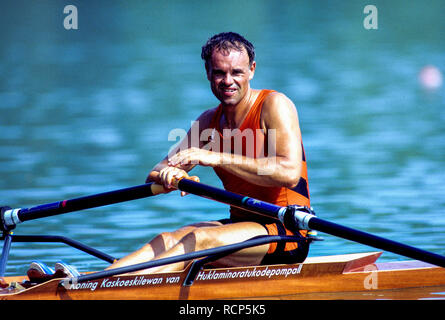 Barcelona Olympics 1992 - Lake Banyoles, SPAIN,   NED LM1X. Frans GOEBEL, [Mandatory Credit: Peter Spurrier/Intersport Images] - Stock Photo