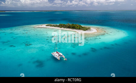 Small Island in Rangiroa atoll, Tuamotu, French Polynesia - Stock Photo