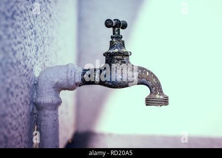 Old tap, Alter Wasserhahn - Stock Photo