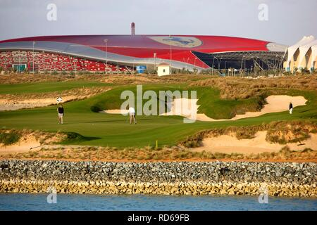 Golf course Yas-Links on Yas Island, a typical 18-hole links course, next to the Formula 1 circuit and Ferrari World, Abu Dhabi - Stock Photo