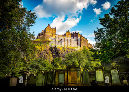 Europa, Großbritannien, Schottland, Edinburgh, Castle - Stock Photo