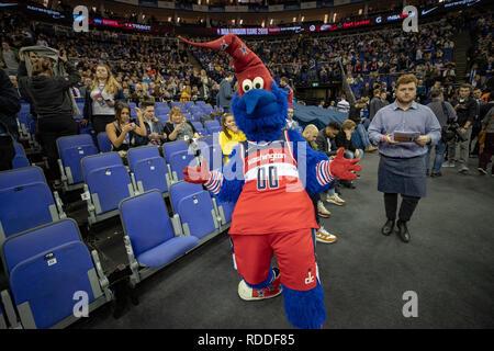 London, UK. 17th Jan 2019. Washington Wizards Mascot at the O2 Arena, Uk,Final score: Wizards 101 Knicks 100. Credit: Jason Richardson/Alamy Live News - Stock Photo