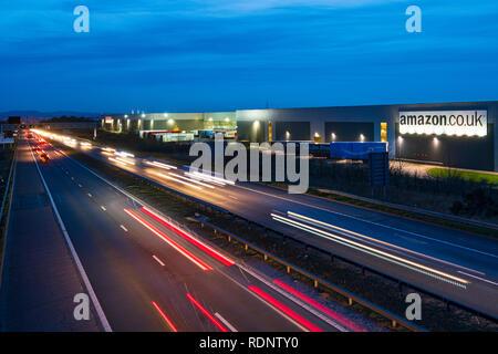 View of Amazon distribution warehouse centre in Dunfermline, Fife, Scotland, UK - Stock Photo