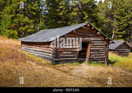 MT0290-00...Small cabin which once served as a home for a miner in the ghost town of Garnet. - Stock Photo