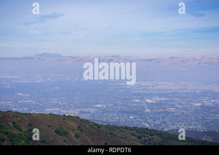 View towards San Jose and south San Francisco bay from the top of Mt Umunhum, Santa Cruz mountains; Diablo Range can be seen on the other side of the  - Stock Photo
