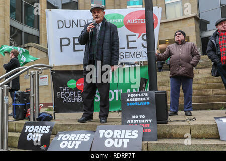 Glasgow, UK. 19th January 2019. Several hundred trades union activists and supporters attended a rally in Buchanan Street, Glasgow as a demonstration against government cuts to local services resulting in the loss of almost 50,000 jobs. Several unions were represented including UNITE, UNISON,RMT, PCS and the PRISON OFFICERS UNION. Phil McGarvey from the RMT gave the initial speech calling for the end to austerity. Credit: Findlay/Alamy Live News - Stock Photo