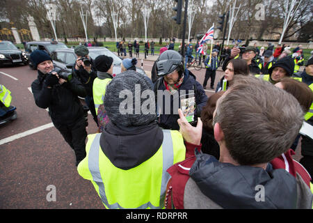 London, UK. 19th January 2019. Yellow Vest protsters march around Central London Credit: George Cracknell Wright/Alamy Live News - Stock Photo