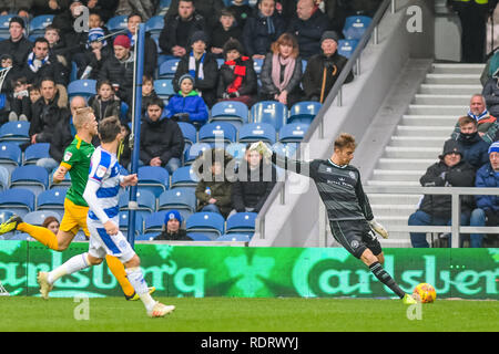 London, UK. 19th January 2019. Joe Lumley of Queens Park Rangers   during the EFL Sky Bet Championship match between Queens Park Rangers and Preston North End at the Loftus Road Stadium, London, England on 19 January 2019. Photo by Adamo Di Loreto.  Editorial use only, license required for commercial use. No use in betting, games or a single club/league/player publications. Credit: UK Sports Pics Ltd/Alamy Live News - Stock Photo