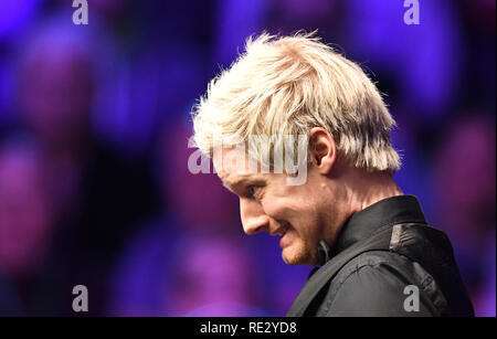 London, UK. 19th Jan, 2019. Dafabet Masters Snooker, semi finals; Judd Trump versus Neil Robertson; Neil Robertson in the 9th frame Credit: Action Plus Sports/Alamy Live News - Stock Photo