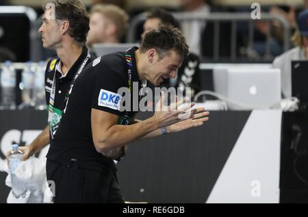 Cologne, Deutschland. 19th Jan, 2019. firo: 19.01.2019, Handball: World Cup World Cup Main Round Germany - Iceland. gesture, coach Christian Prokop | Credit: dpa/Alamy Live News - Stock Photo