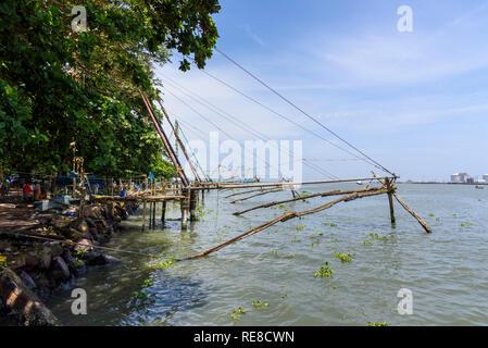 Chinese fishing nets, Fort Cochin, Kochi, Kerala, India - Stock Photo