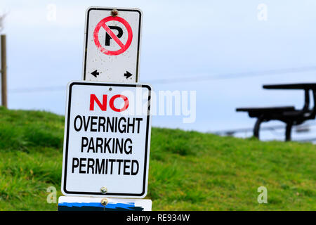 No Overnight Parking permitted sign - Stock Photo