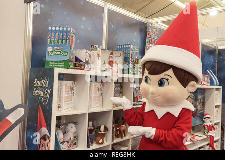 London, UK. 22nd Jan, 2019. The Elf on the Shelf at the Toy Fair 2019. The Elf on the Shelf celebrates its eleventh year with news of a third animated sequel, ELF PETS: A FOX CUB'S CHRISTMAS TALE, as well as the 2019 Claus Couture Collection and a story book about special Scout Elves who help Santa. The Elves posed for photos and read the Toy Fair's daily glossy newspaper. Credit: Peter Hogan/Alamy Live News - Stock Photo