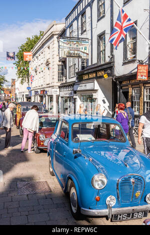 Classic cars on display in Northgate Street during the Gloucester Goes Retro Festival in August 2018, Gloucester, Gloucestershire UK - Stock Photo