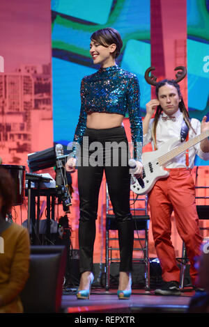 Italian jazz singer Simona Molinari performs on 'Quelli che il calcio (Those That Football)' television broadcast  Featuring: Simona Molinari Where: Milan, Italy When: 22 Dec 2018 Credit: IPA/WENN.com  **Only available for publication in UK, USA, Germany, Austria, Switzerland** - Stock Photo