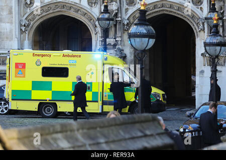 London, UK. 22nd Jan, 2019. An ambulance seen on grounds of the Palace of Westminster in London. Credit: Dinendra Haria/SOPA Images/ZUMA Wire/Alamy Live News - Stock Photo