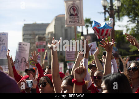 Los Angeles, California, USA. 22nd Jan, 2019. Deaf community members cheer during the UTLA rally at Los Angeles city hall on Tuesday, January 22, 2019. Credit: Allison Zaucha/ZUMA Wire/Alamy Live News - Stock Photo