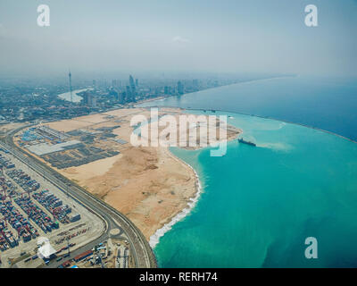 (190123) -- BEIJING, Jan. 23, 2019 (Xinhua) -- Aerial photo taken on March 5, 2018 shows the construction site of the Colombo Port City project in Colombo Port City, Colombo, Sri Lanka. (XINHUA/CHEC Port City Colombo (Pvt) Ltd) - Stock Photo
