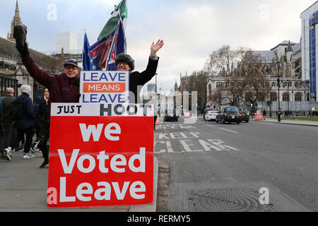 Westminster, London, UK. 23rd Jan, 2019. Daily protest outside Parliament for and against Brexit. Credit: Penelope Barritt/Alamy Live News - Stock Photo