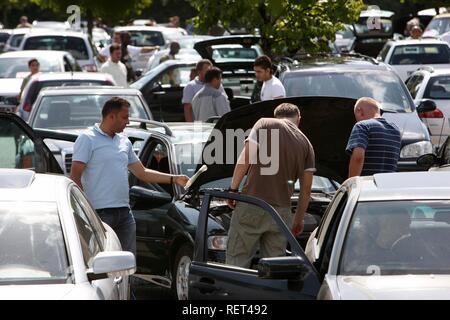 Second-hand cars, private weekly car mart, Essen-Bergeborbeck, North Rhine-Westphalia - Stock Photo
